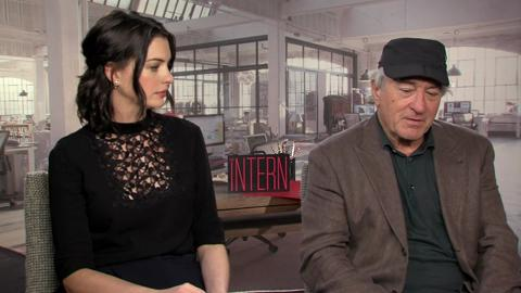 Anne Hathaway and Robert Deniro talk about 'The Intern'