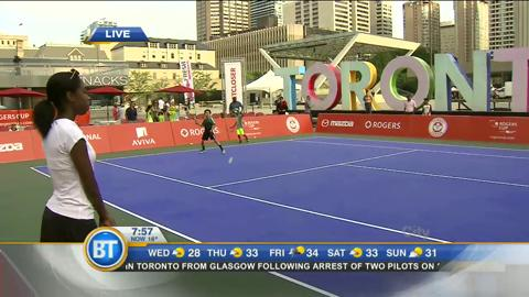 Danielle live at Rogers Cup Pop-Up Tennis Court (3 of 4)
