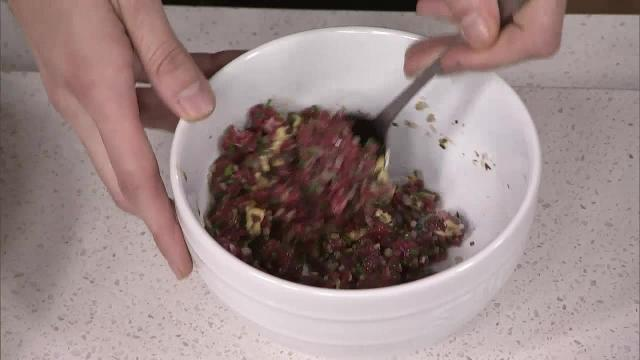 #CityEats: Chef Romain Avril makes tartare